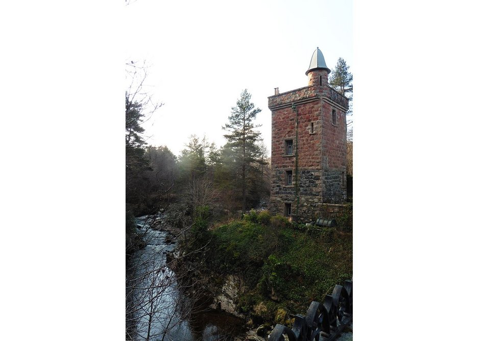 Tower of Ess, built in the early 1870s by Truefitt as an entrance lodge to Glen Tanar estate in Scotland. Like other buildings at Glen Tanar, Truefitt exploited the scenic beauty of the surroundings as well as local resources.