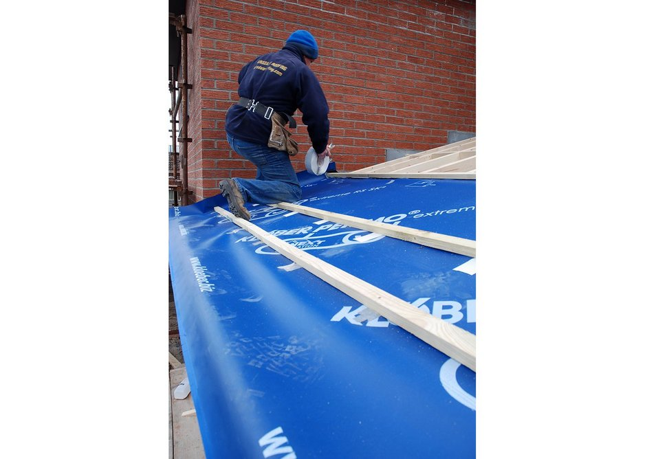 Klober Permo extreme RS SK2 being installed onto a pitched roof.