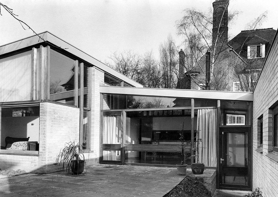 House at Templewood Lane, Hampstead, designed by Trevor Dannatt, 1961.