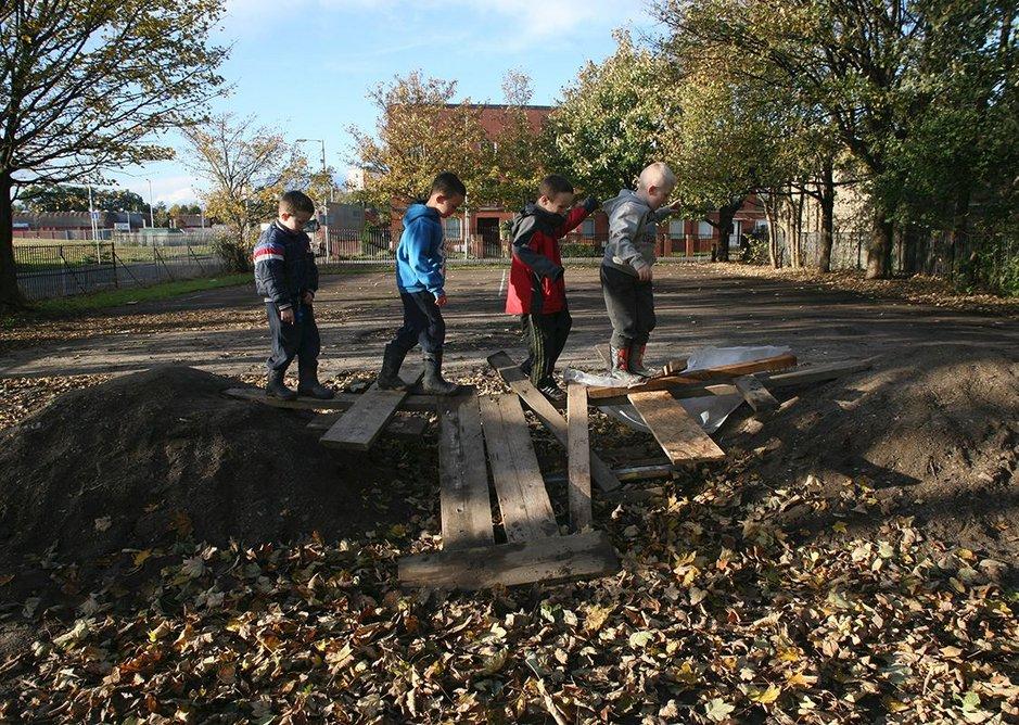 A plea for freedom in play Baltic Street Adventure Playground, Dalmarnock, East Glasgow.