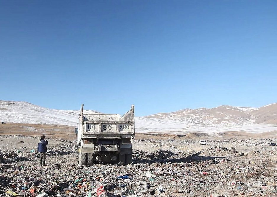 Film still from Untitled (The Things Around Us), featured in the CCA exhibition The Things Around Us, of an exurban garbage dump in Ulaanbaatar, Mongolia. Photo: Nomads Meets the City (2020), © Anji Sauvé Clubb.