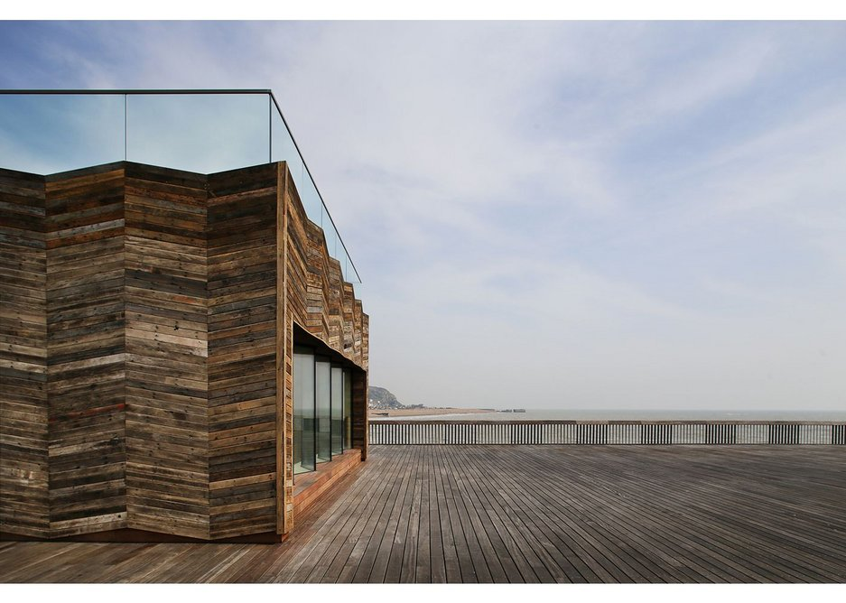 There is only one new building on the pier, a visitor centre with only three main spaces: a shop, a room for events and an 'interpretation' space located at the end of the building with a large picture window onto the sea called the Memories Room.