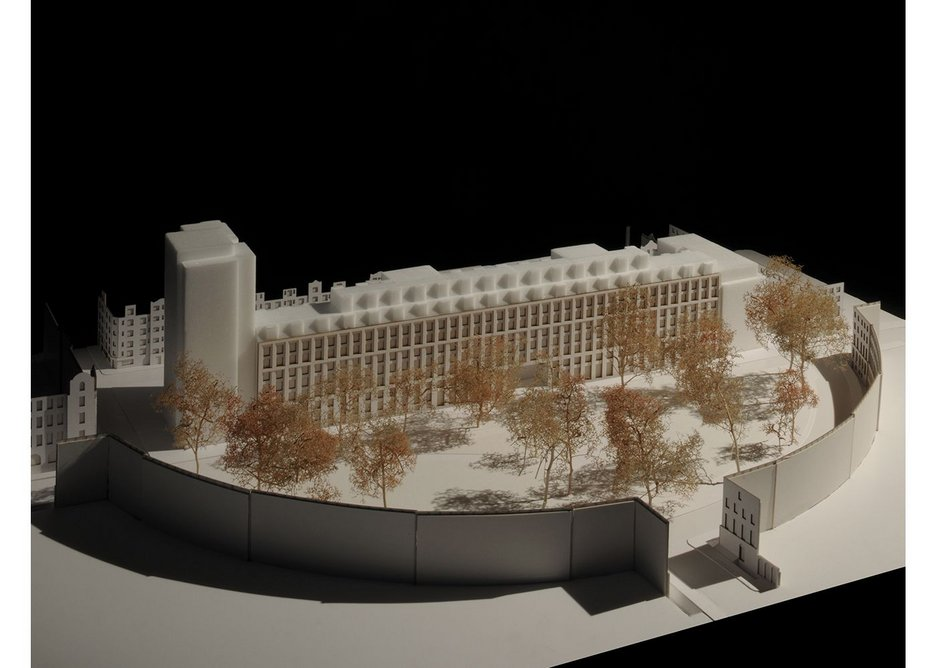 MaccreanorLavington's model of Garden Halls.