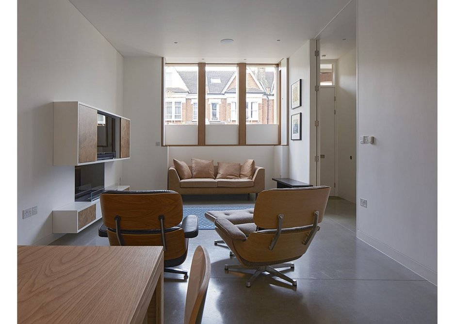 A long living space to be adapted with furniture.