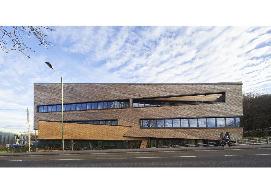 Ogden Centre for Fundamental Physics.