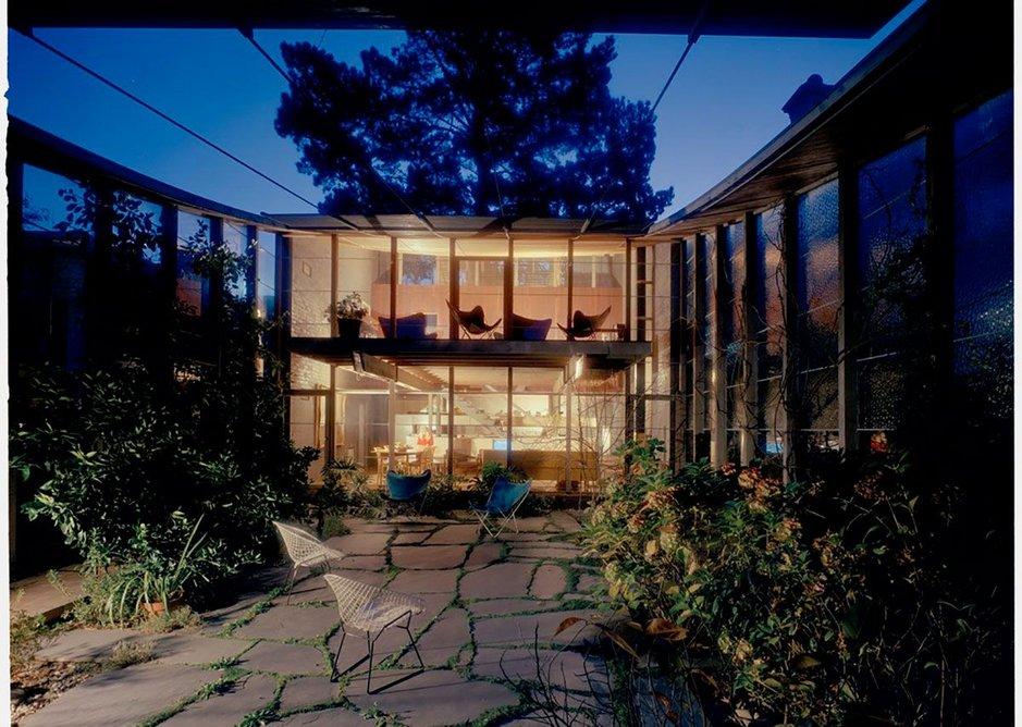Robin Boyd's Walsh Street house courtyard (1958)