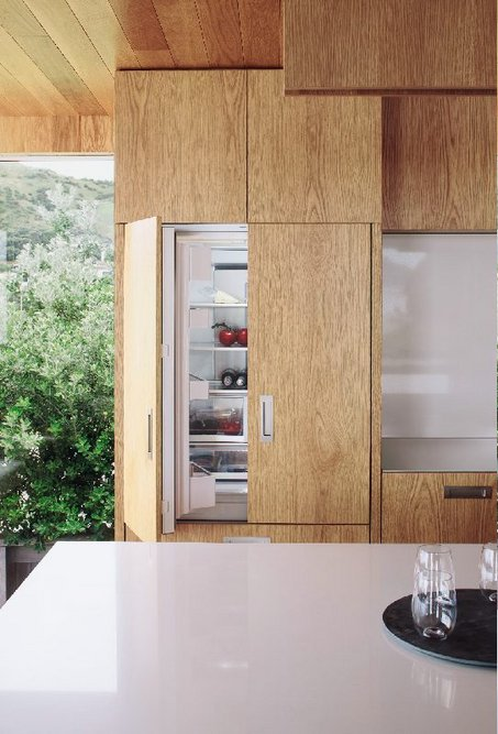 Fisher & Paykel Integrated: Appliances are fitted with a custom front panel to match the cabinetry.
