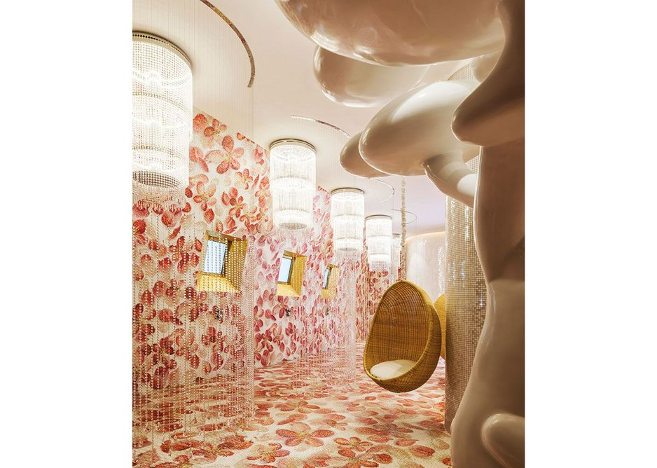 Male and Female Hammam areas have an Alice in Wonderland quality especially regarding the scale