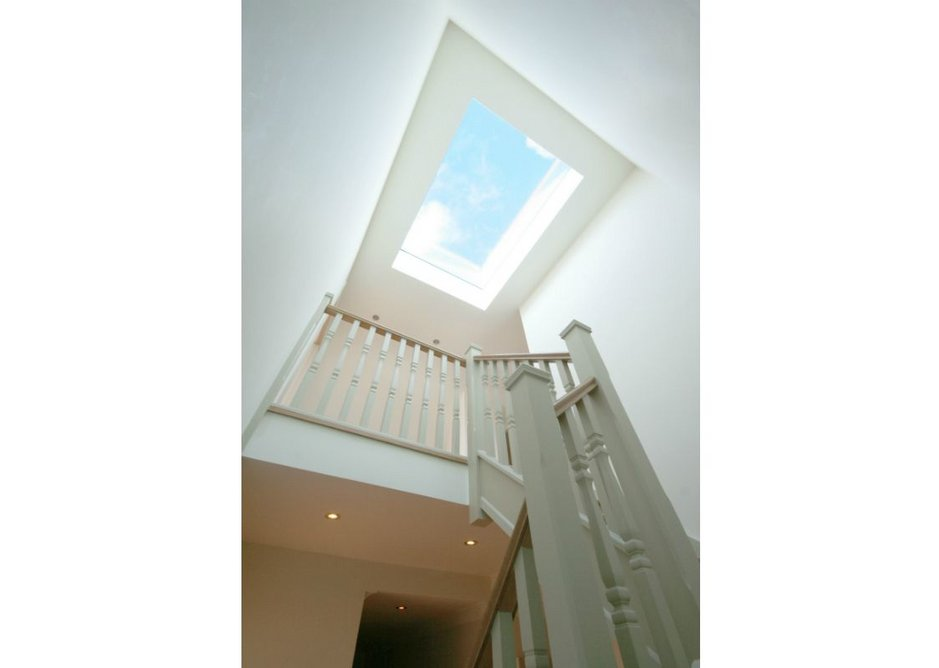 The Sunsquare SkyView skylight combines outstanding thermal performance with a sleek, aesthetic appeal. Accredited for air permeability, weathertightness and wind loading by the British Standards Institution.