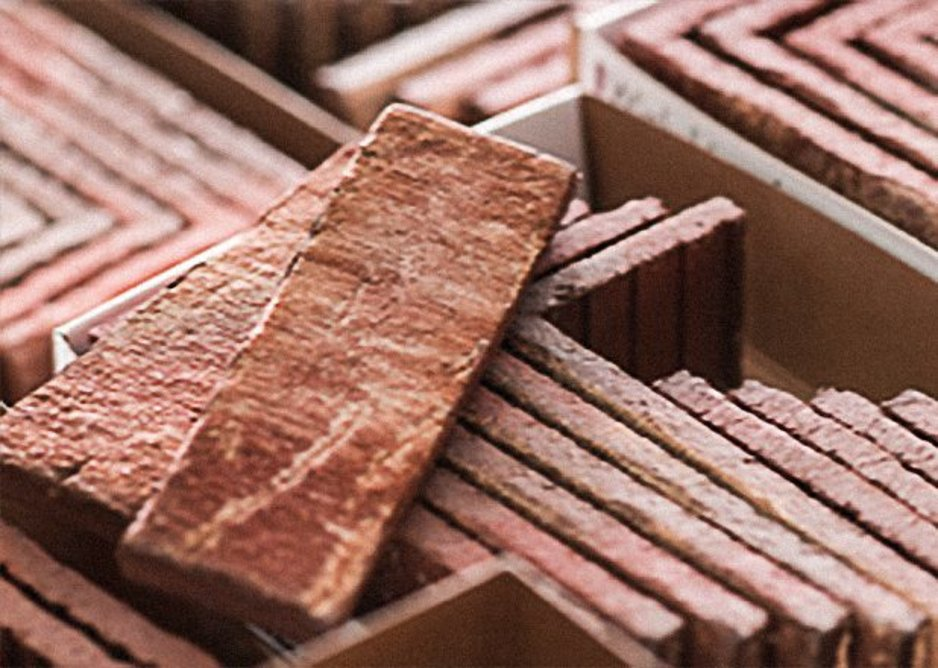 Vandersanden Eco Brick Slips are not cut from full bricks, but formed in special moulds and fired as slips to reduce material waste, raw materials and energy.