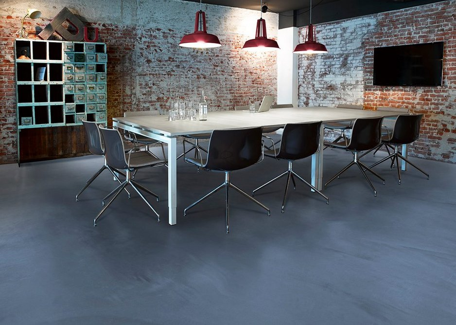 Arturo floors can be used in a variety of areas, from offices, schools and homes to retail, healthcare and leisure.