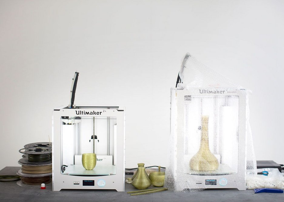 3D printing the algae into vase form. Studio Klarenbeek & Dros at the Luma Foundation.