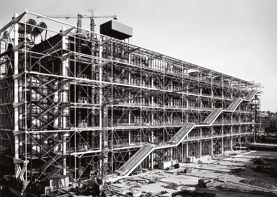Centre Pompidou, Paris, designed by Renzo Piano and Richard Rogers, photographed in August 1976 during construction.
