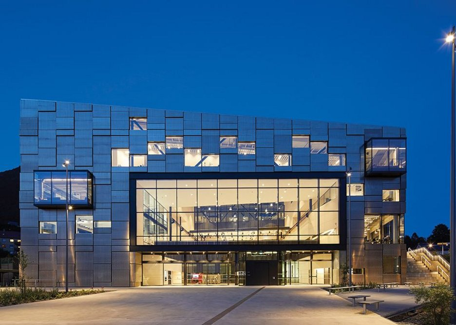 By night the solid/glass relationship of the Passivhaus envelope becomes clear.