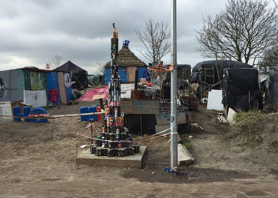 The Blue House Calais