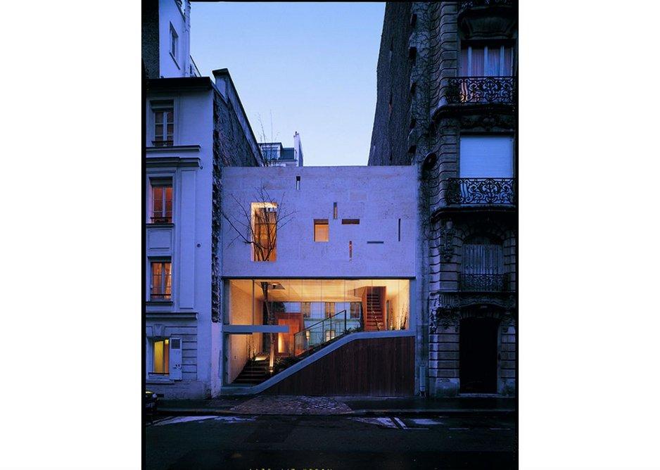The Rue Galvani house in Paris.