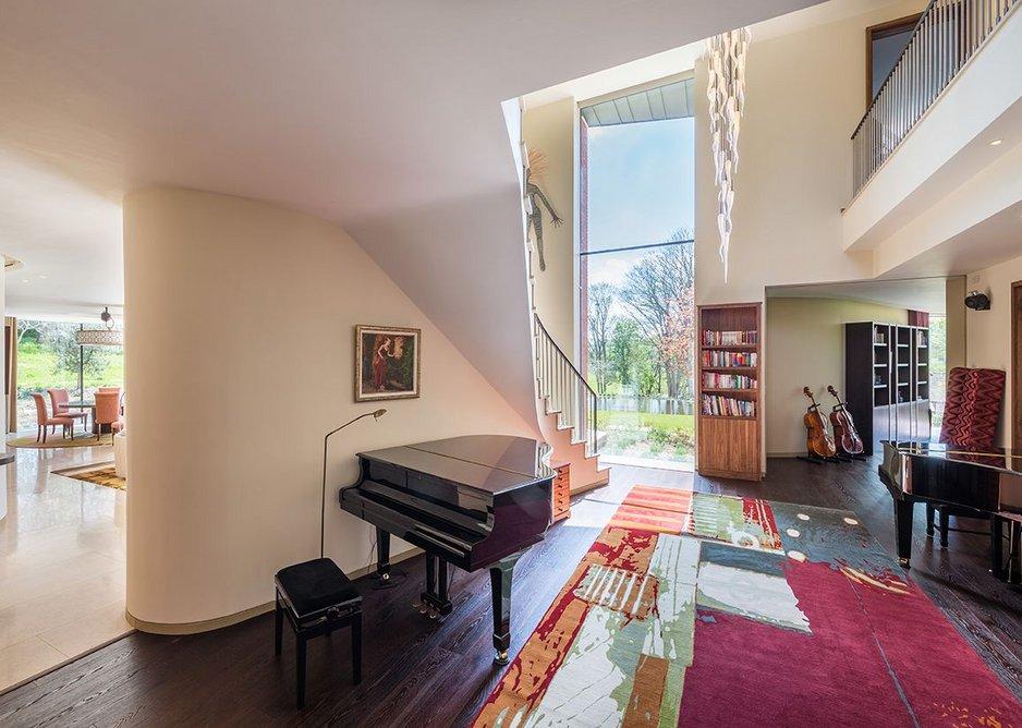 Incurvo by Adrian James Architects.