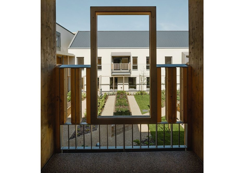That framing again, with glass balustrade.