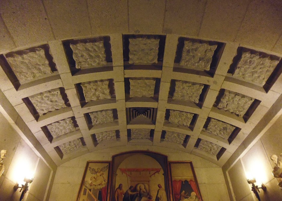 Air conditioning in a side chapel.