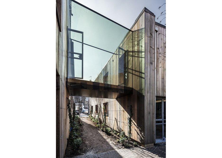 Maxlight glazed architectural link.