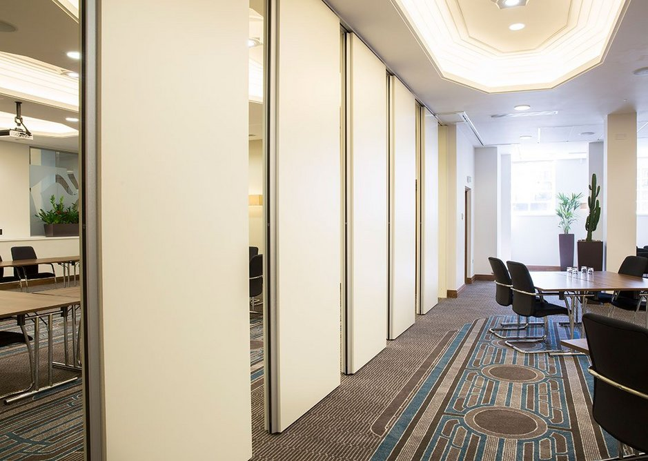 Style's Variflex movable acoustic wall system in the meeting areas of Leicester City Council's newly restored City Hall.
