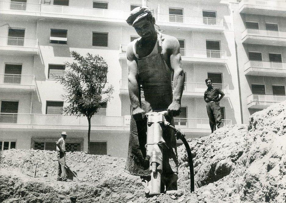 Polykatoikìa construction, Athens, early 1950s.