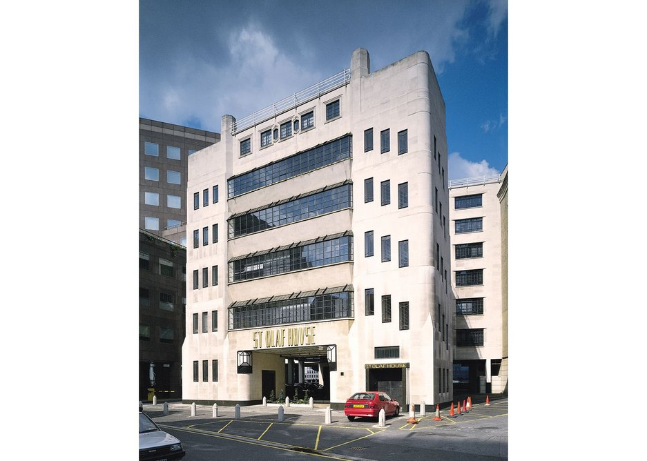 H.S. Goodhart-Rendel's Hays Wharf HQ in London's Tooley Street. His contemporaries found him strangely outmoded and he just didn't care.