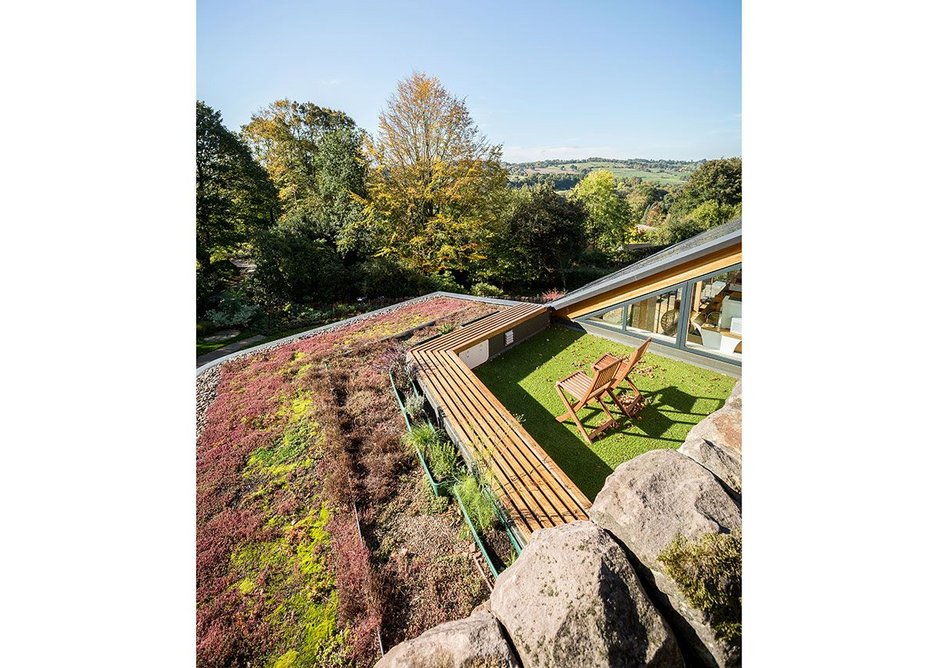 On top – a green roof and another secret terrace.