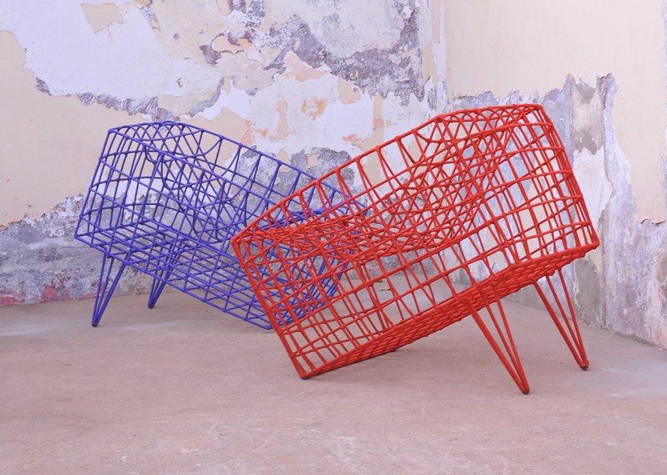 Fauteil Sansa bleu chair by Cheick Diallo.