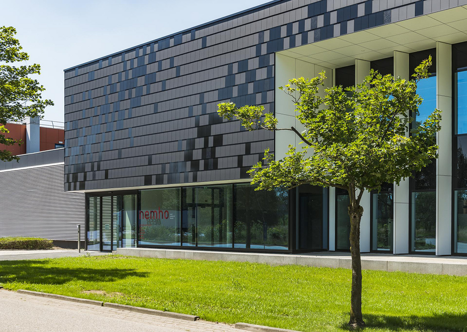 Trespa Meteon cladding in Metropolis Black at Nemho (Next Material House), Weert, Netherlands.