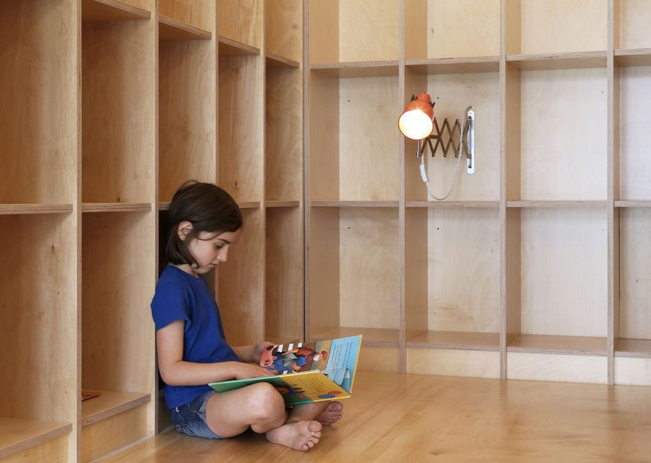 5 Jan Kattein Architects' library for Thornhill Primary School was fitted out in CNC-cut birch ply.