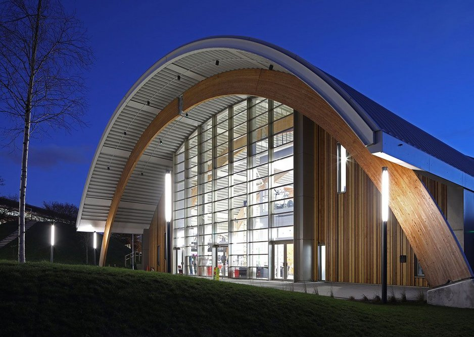 Senior's slim-profile SF52 aluminium curtain wall system and SPW501 aluminium commercial doors with thermally broken SPW600 aluminium windows  at Slough Ice Arena. GT3 Architects.