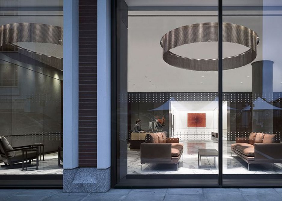 Chain circles and marble of Two Fitzroy Place's reception designed by Lifschutz Davidson Sandilands.