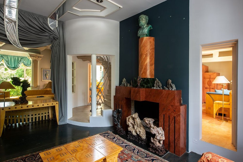 The Winter Room has a fireplace designed by Michael Graves.