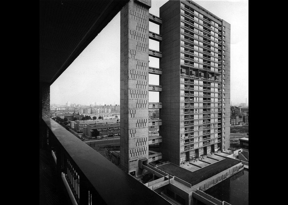 Balfron Tower, Poplar, London, Erno Goldfinger 1965.