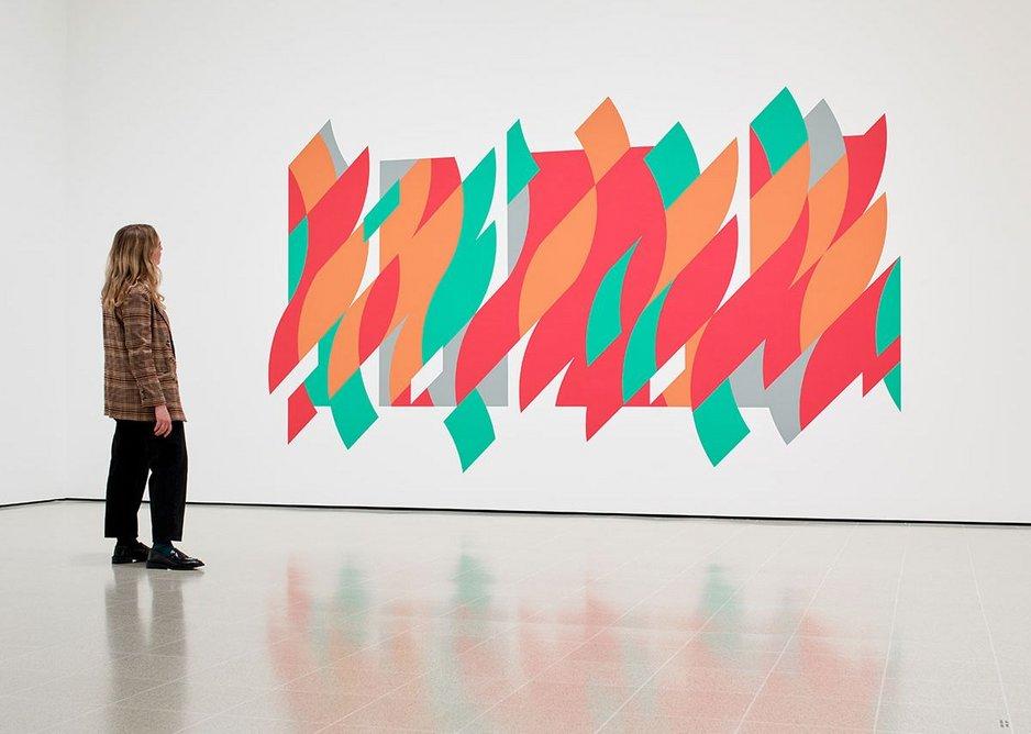 Installation view of Bridget Riley, Rajasthan, 2012 at Hayward Gallery, 2019 © Bridget Riley 2019. Photo: Stephen White & Co.