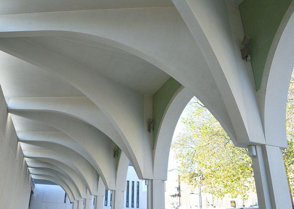 Precast concrete construction to vaults.