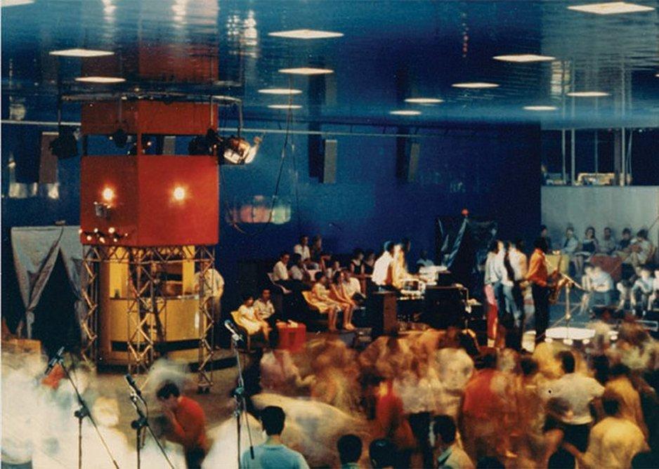 Live music inside L'Altro Mondo, Rimini, 1967.
