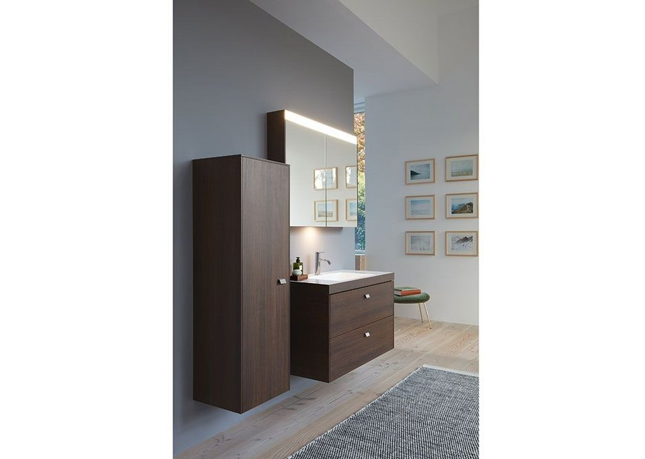 Vero Air in a c-bonded version, which connects the washbasin almost seamlessly to the vanity unit.