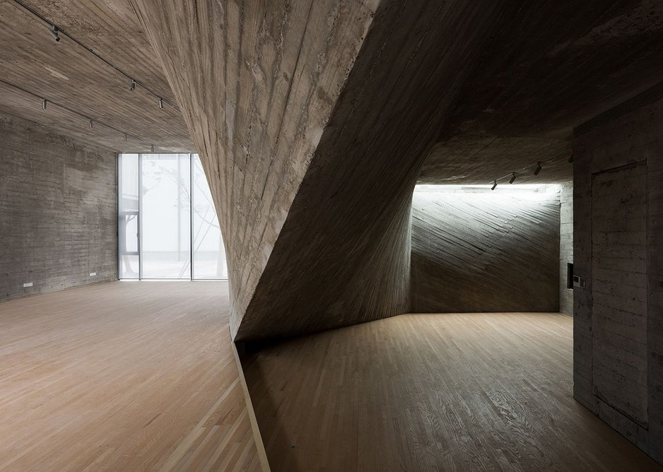 Fab-Union Gallery Space (2015), West Bund, Shanghai. Archi-Union's development and refinement of an innovative idea from one project to the next is often very noticeable.