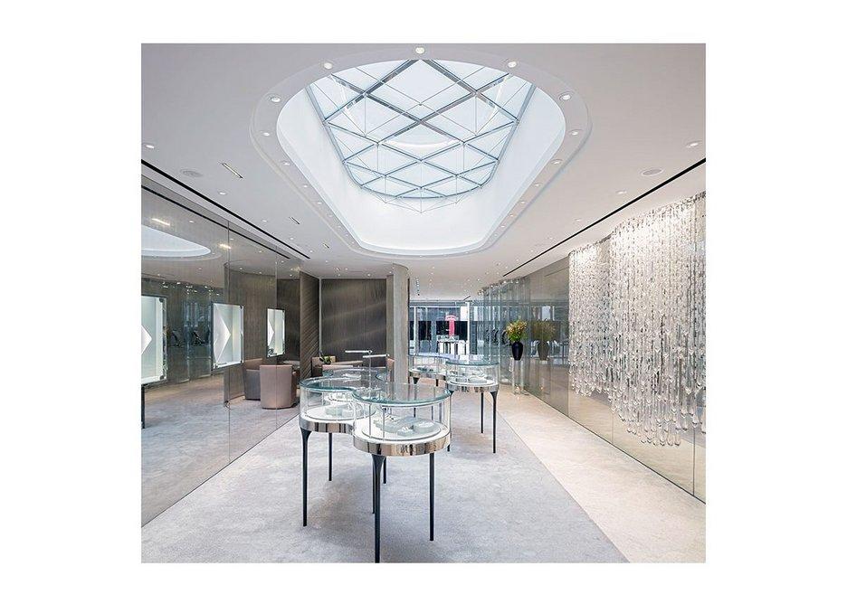 Boodles flagship store, London, designed by Eva Jiřičná Architects, 2015.