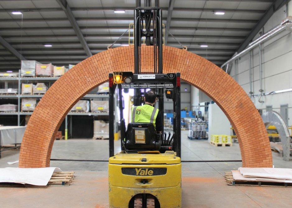 IG Brick Slip Feature Arch.