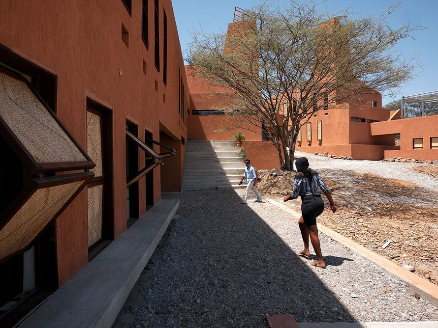 Relief from the harsh climate and a place to gather are created by the central courtyard.