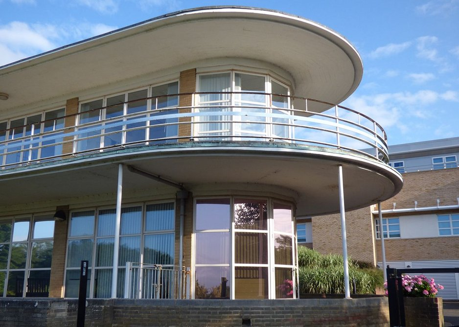 The 1937 Lister Wing at Benenden Sanatorium was designed by Sir John Burnet, Tait and Lorne. It echoes the De La Warr pavilion in Bexhill.