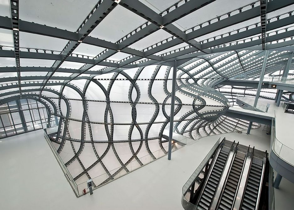 Creating the €353 million Palace of Congress required over 39,000 tonnes of steel.