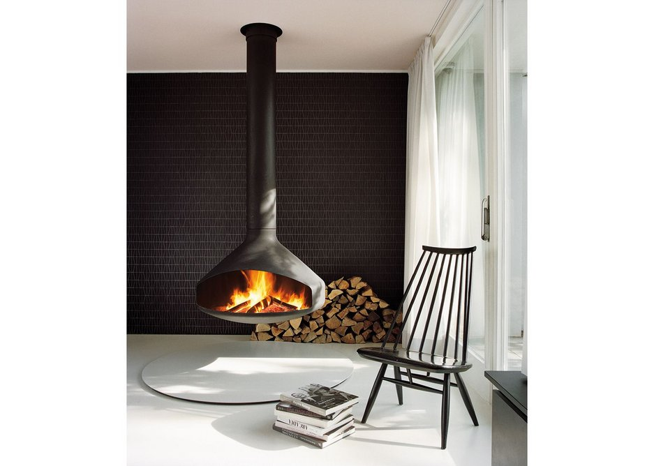 The Ergofocus, a central, suspended rotating fireplace