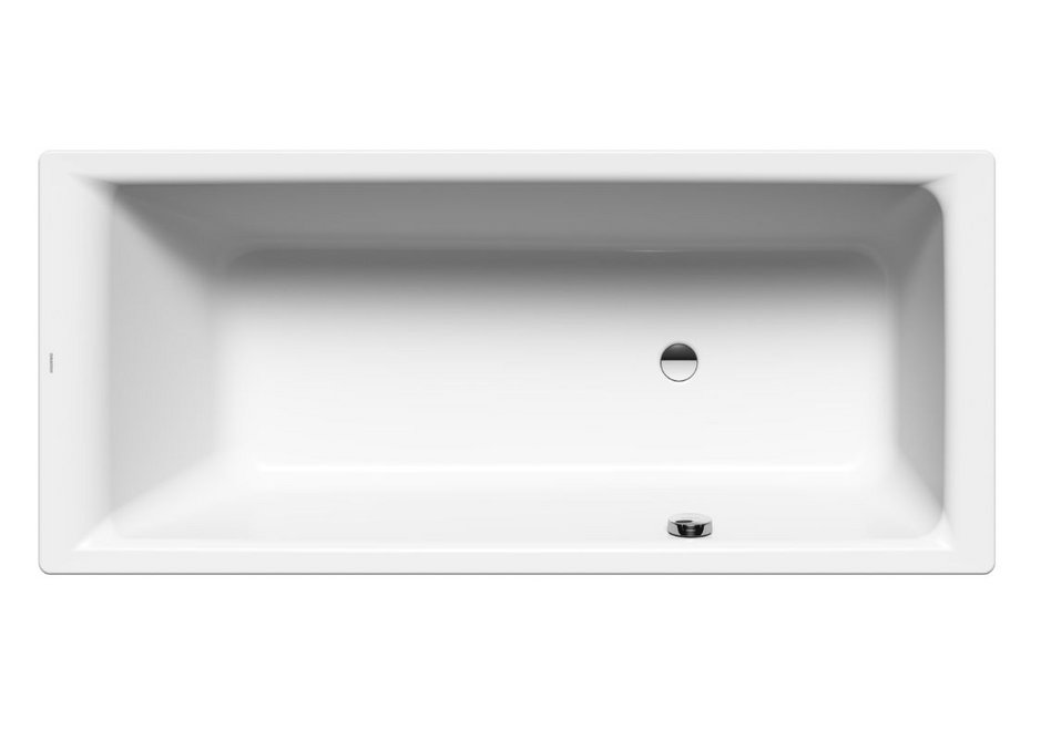 The Kaldewei Puro bath with side overflow provides a generous interior length.