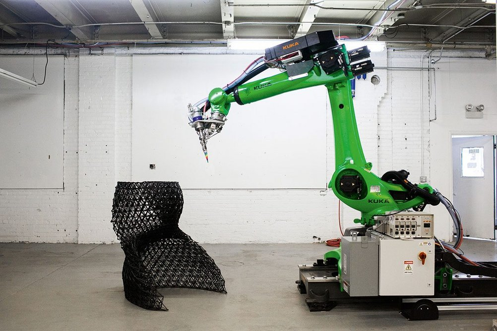 One of the 6-axis robots that built the sculpture's constituent elements.