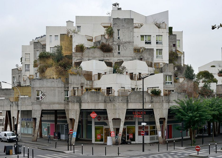 Les Etoiles of Ivry-sur-Seine, designed by Jean Renaudie in collaboration with Renée Gailhoustet, The building pictured is from the later Place Voltaire phase and was constructed from 1982-1985 by the Atelier Jean Renaudie (formed after Jean's death).