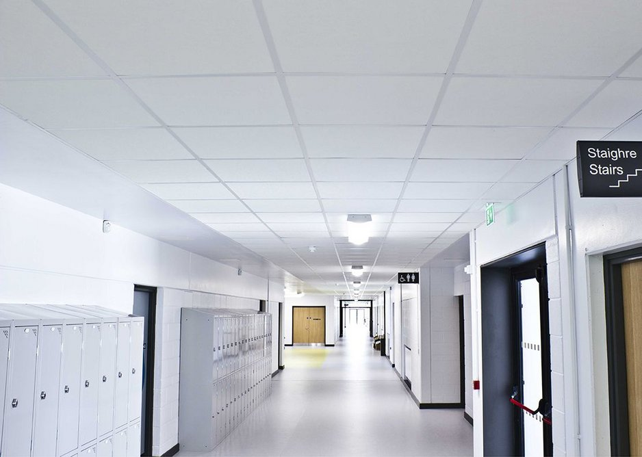St Joseph's Secondary School, Skibbereen: ROCKFON Tropic provides Class A sound absorption which helps create a learning environment that offers optimum speech intelligibility